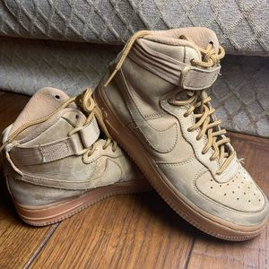 Nike Air Force One's Tan Color YOUTH 5 (big boys)